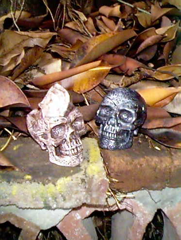 death head ashtrays